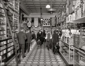 Peoples Drug Store in Washington, DC circa 1920