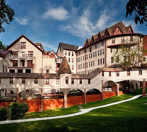 Spring Park Apartments: Places We Love, Part II