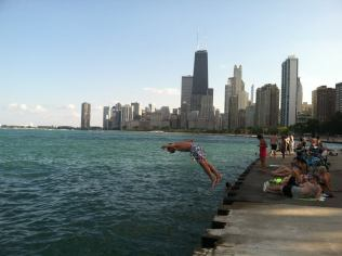 The shore of Lake Michigan in Chicago